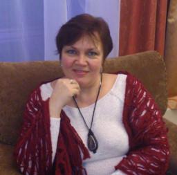 Елена Олия